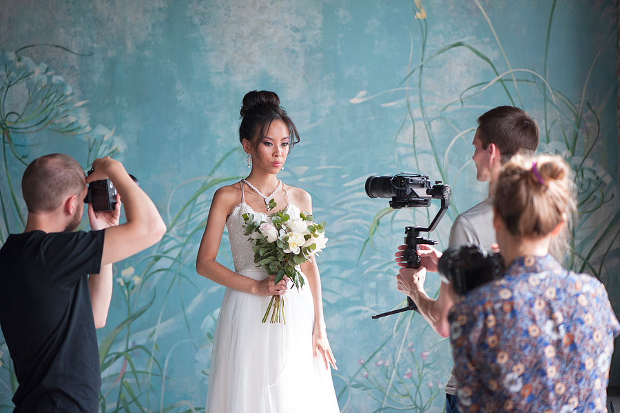 Wedding photographer in Sydney and his team taking prenup photos